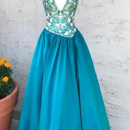 Beads A-line V Neck Teal Long Prom ..