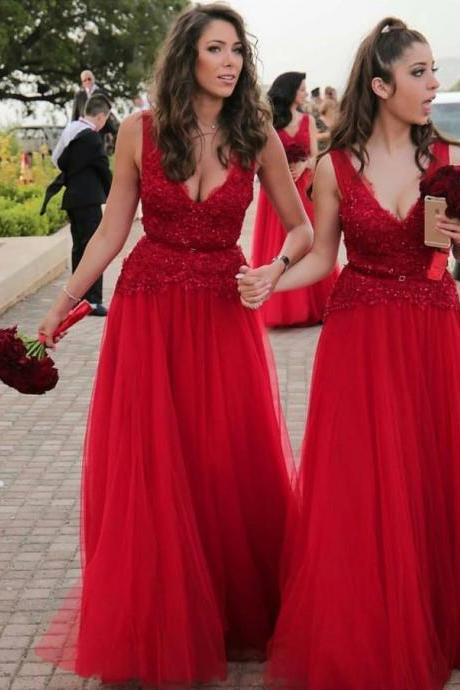 Red Tulle Long Bridesmaid Dresses A-line V neck Wedding Party Gowns with Appliques for Women