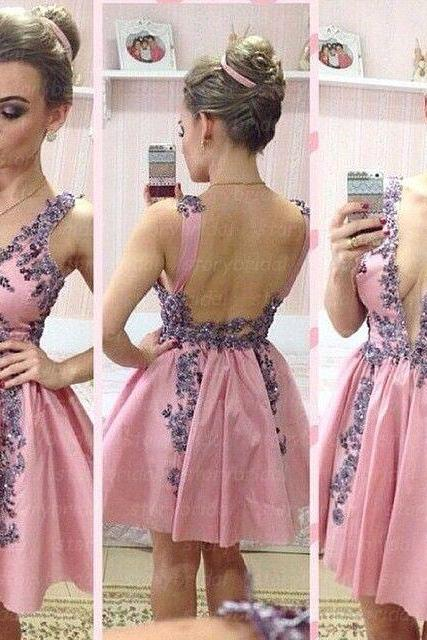 Charming Homecoming Dress,Appliques Homecoming Dress,Satin Homecoming Dress, Cute Short Prom Dress,PD1700352