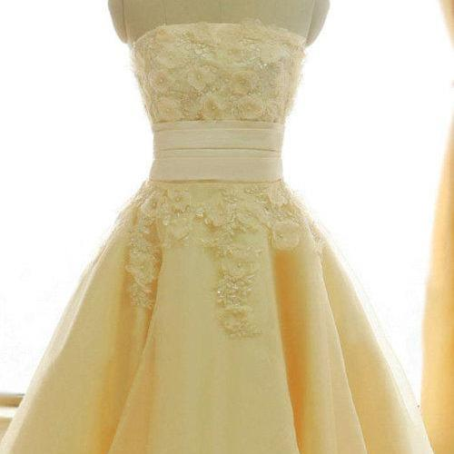 Tea-length Strapless Homecoming Dress